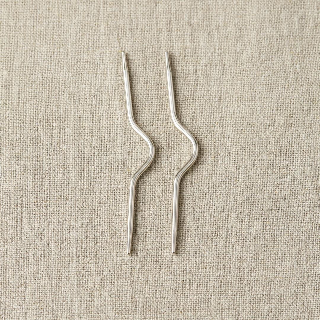 CocoKnits Curved Cable Needle